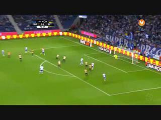 FC Porto, Jogada, Layún, 74m