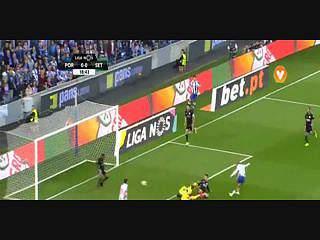 FC Porto, Jogada, Brahimi, 19m