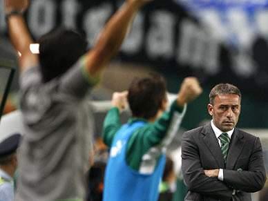 Paulo Bento sai após 60,3 por cento de vitórias