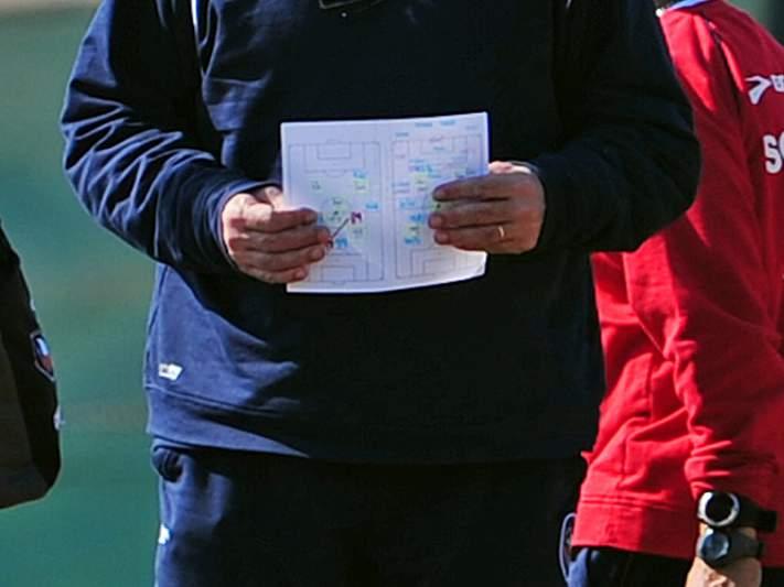 Associação de treinadores diz que prestígio dos técnicos lusos pode estar em risco