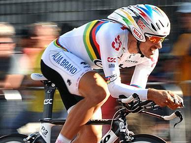 "Cancellara defende título e procura recorde no ""crono"""
