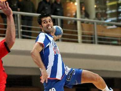 FC Porto empata com macedónios do Metalurg