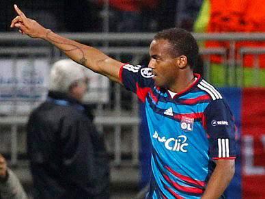 Lyon empata 1-1 com último classificado