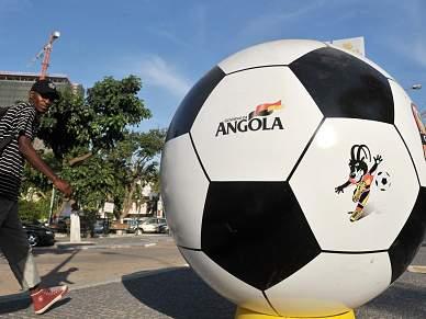Presidente da CAF contra mudança da periodicidade da Taça das Nações Africanas