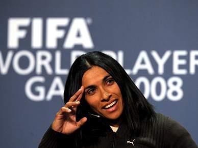 Marta eleita a melhor jogadora pelo quinto ano consecutivo