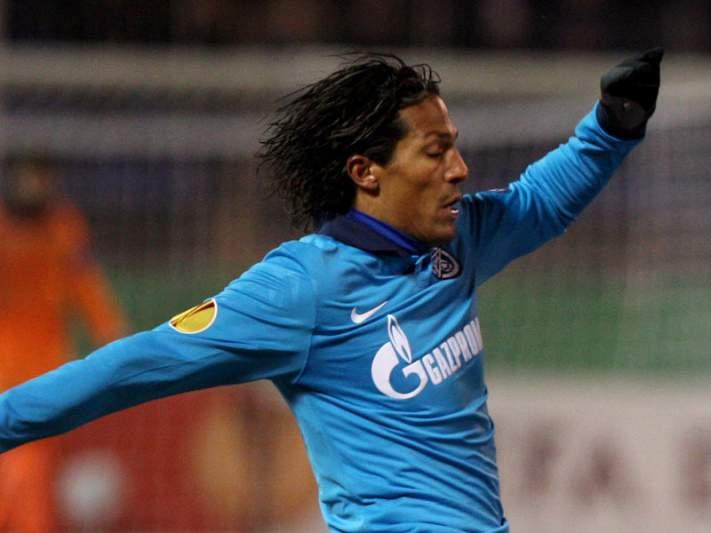 FC Porto estuda regresso de Bruno Alves