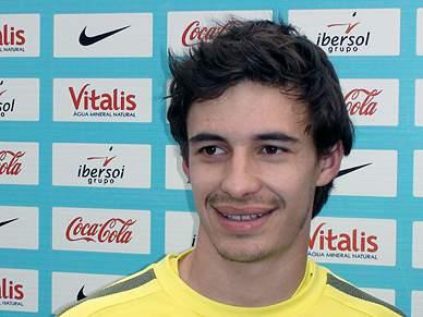 Filipe Barros de olho em Falcao