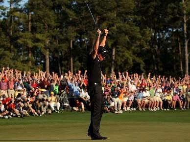 Phil Mickelson faz o 'tri' em Augusta