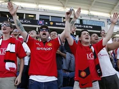 Dois adeptos do Manchester United detidos em Valência