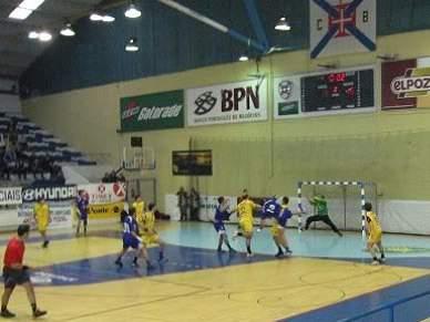 Belenenses e Benfica vencem