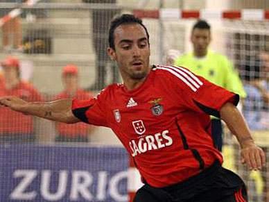 Benfica goleia Onze Unidos por 9-0