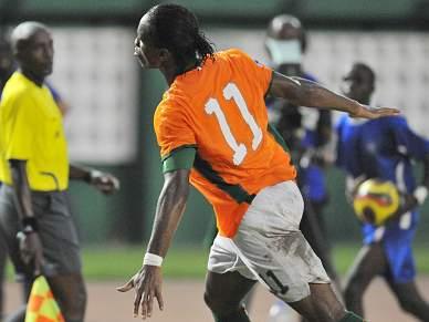Golo de Drogba qualifica Costa do Marfim