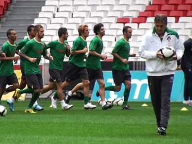 Simão Sabrosa já treina com os companheiros