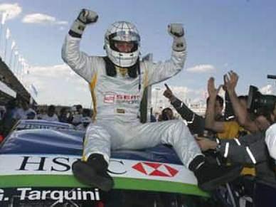 Tarquini campeão do mundo, Monteiro nono