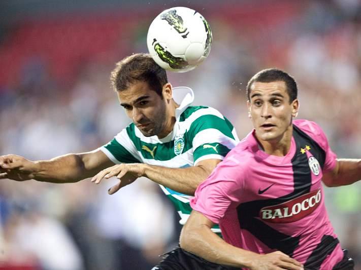 João Gonçalves reforça o lado direito da defesa