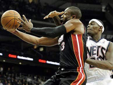 Heat vencem NJ Nets