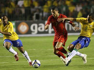 Portugal e Brasil fecham grupo G