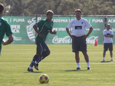 Paulo Sérgio começa treino com palestra