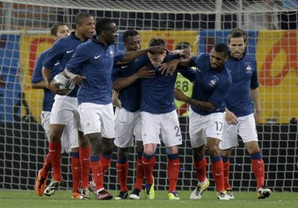 França vence Ucrânia
