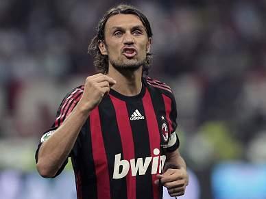 Milan convida Maldini a regressar