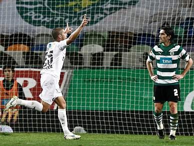 João Ribeiro lesiona-se na coxa esquerda