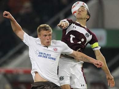 Hannover perde em casa e falha segundo lugar