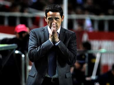 Sevilha dispensa treinador Manolo Jiménez