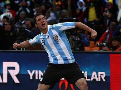 Argentina reafirma candidatura, vice-campeã França quase fora