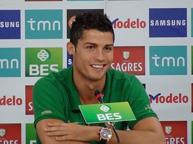 Ronaldo diz que o jogo serve para aprender