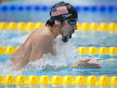Lochte vence o regressado Phelps no Texas