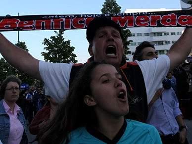 Adeptos do FC Porto preparam festa para durar «cinco domingos»