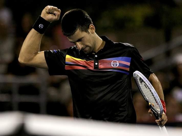 Djokovic abdica do Masters de Xangai