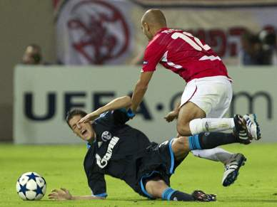 Schalke 04 fica a zero em Telavive