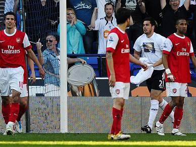 Bolton deixa Arsenal KO