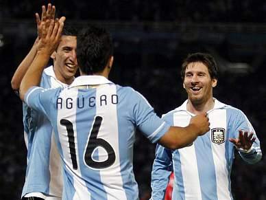 Uruguai e Argentina disputam eliminatória na Copa América