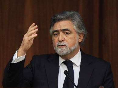Luís Amado admite que problemas afectam imagem do país
