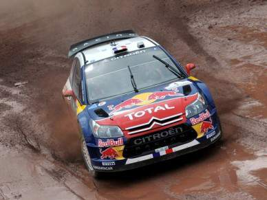 Loeb soma terceiro triunfo consecutivo