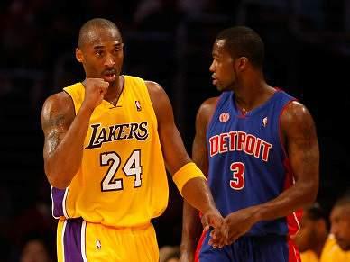 Lakers dominam e Carmelo marca mais 41