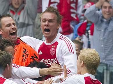 Ajax bate Twente e soma 30.º título