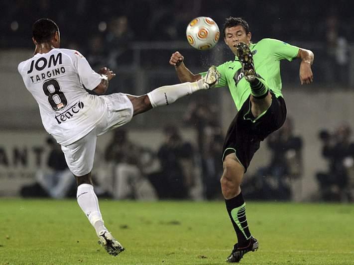 João Alves diz que Vitória vai entrar para vencer FC Porto