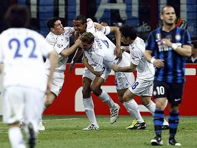 Schalke domina Inter