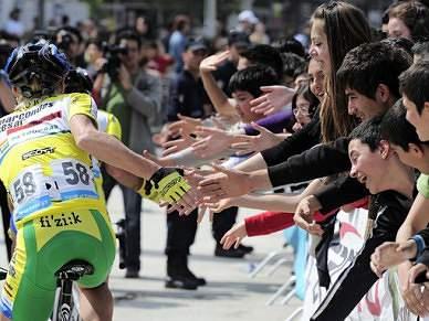 Greipel vence etapa, Visconti continua líder