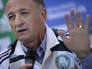 Scolari pede paciência aos adeptos do Palmeiras