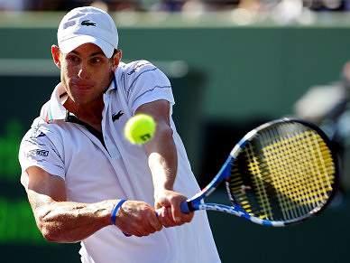 Roddick vence 30º título