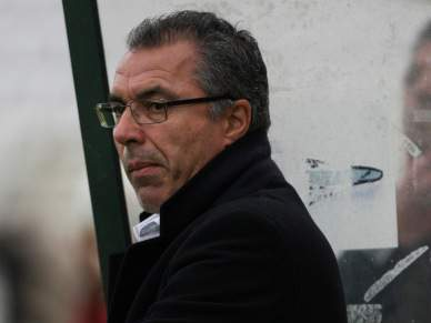 Augusto Inácio deixa comando técnico
