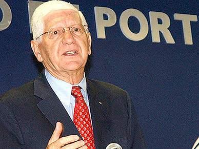 Vicente Moura quer Scolari