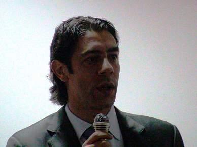 Rui Costa brilha com dois golos