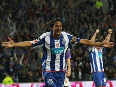 Bruno Alves no Zenit por 22 milhões de euros