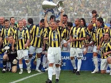 Federação turca suspende final da Supertaça entre Fenerbahçe e Besiktas