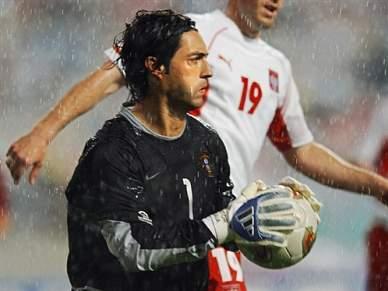 Ex-futebolistas portugueses felicitam Mourinho